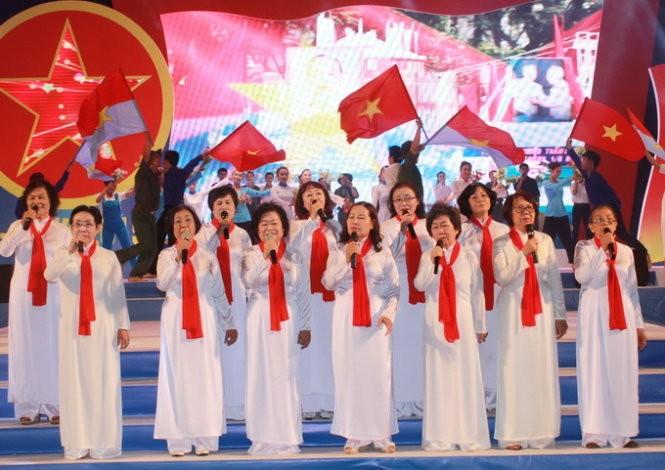 Peringatan ultah ke-40 pembebasan Vietnam Selatan dan penyatuan Tanah Air  - ảnh 1