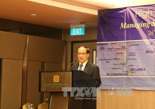 Mengelola bentrokan di Laut Timur dari sudut pandang ASEAN - ảnh 1