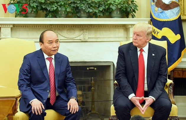 Menciptakan ancang-ancang bagi perkembangan baik  hubungan Vietnam-AS - ảnh 1
