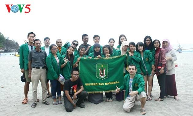 Darmasiswa: Satu peluang untuk mengalami pendidikan dan kebudayaan Indonesia - ảnh 2