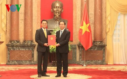 Presiden Tran Dai Quang: Menetapkan posisi Vietnam  tepat pada arus utama, sesuai dengan kepentingan negara dan bangsa - ảnh 1