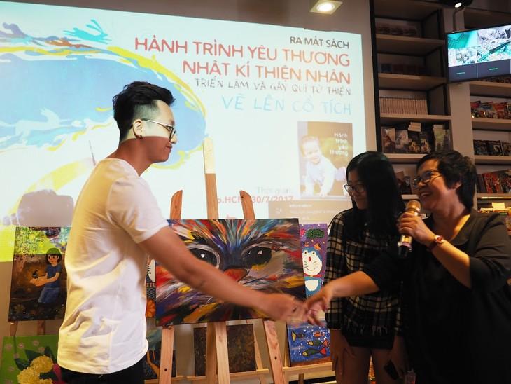 Bersama dengan Thien Nhan melukis perjalanan dongeng - ảnh 1