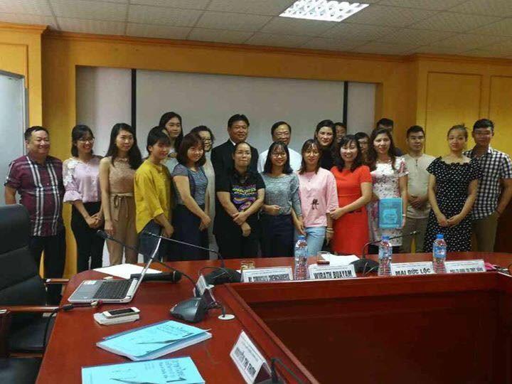 Persatuan Wartawan Vietnam dan Thailand memperluas kerjasama di bidang  pendidikan bahasa kepada wartawan dua negara - ảnh 1