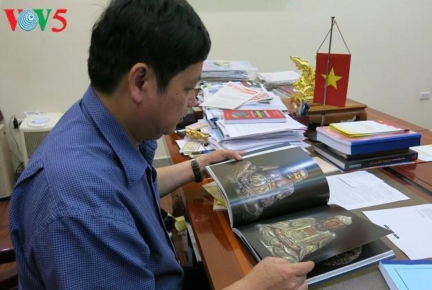 Memperkenalkan nilai kebudayaan tradisional Vietnam kepada sahabat-sahabat internasional - ảnh 1