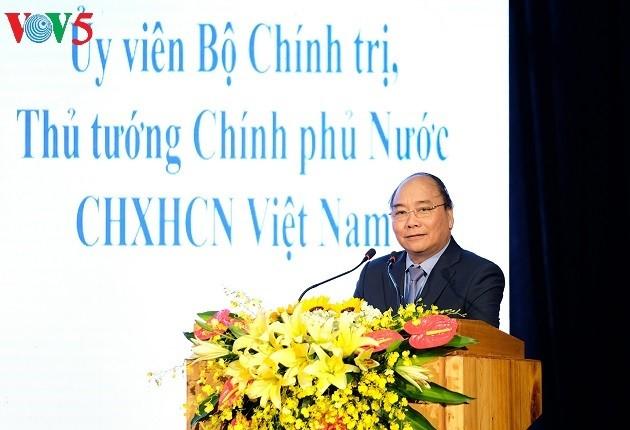 PM Nguyen Xuan Phuc: Provinsi Bac Kan harus menggeliat diri dalam membangun dan mengembangkan ekonomi - ảnh 1