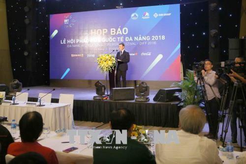 Delapan tim peserta Festiaval Kembang Api Internasional Da Nang 2018 - ảnh 1