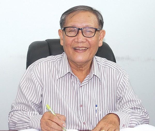 """Trinh Van Y, pakar yang menghapuskan """" titian kera"""" di daerah pedesaan - ảnh 1"""