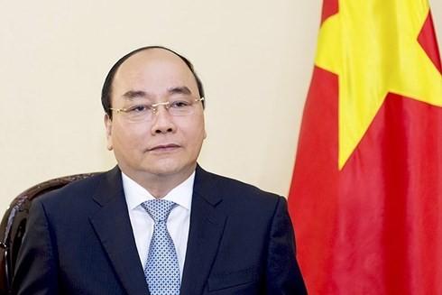 PM Nguyen Xuan Phuc: Menciptakan syarat yang kondusif kepada negara-negara G-7 untuk memiliki banyak peluang menjadi investor stratetis di bidang energi terbarukan di Viet Nam - ảnh 1