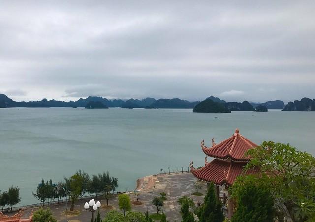 Rapat umum menyambut Hari Lingkungan Hidup Dunia dan Pekan Laut dan Pulau Viet Nam 2018 - ảnh 1