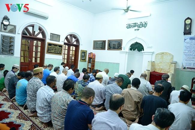 Umat Islam Indonesia di Viet Nam dengan Hari Raya Idul Fitri 1439 H (Hijraih)  yang hangat dan tenteram sentosa - ảnh 1