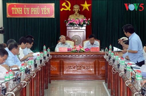 Anggota Harian Sekretariat KS PKV, Tran Quoc Vuong melakukan kunjungan kerja di Provinsi Phu Yen - ảnh 1