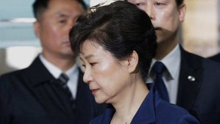 Skandal politik di Republik Korea: Mantan Presiden Park Geun-hye dijatuhi hukuman penjara 8 tahun - ảnh 1