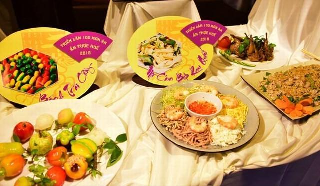 Menyebar-luaskan nilai kuliner Kota Hue - ảnh 1