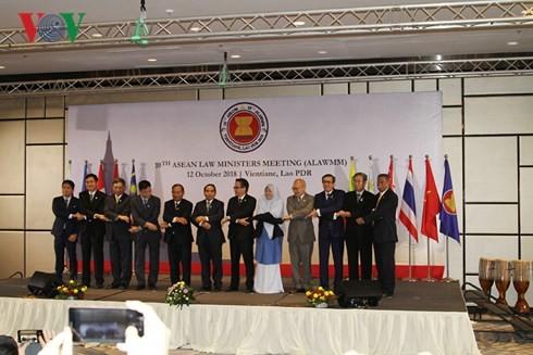 Pembukaan Konferensi ke-10  Menteri Hukum ASEAN - ảnh 1