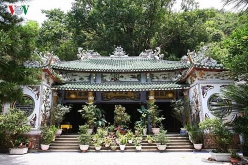 Ngu Hanh Son menciptakan keanekaragaman kebudayaan Agama Buddha - ảnh 1