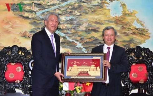 Deputi PM, Menteri Koordinator Keamanan Nasional Singapura mengunjungi Kota Hue - ảnh 1