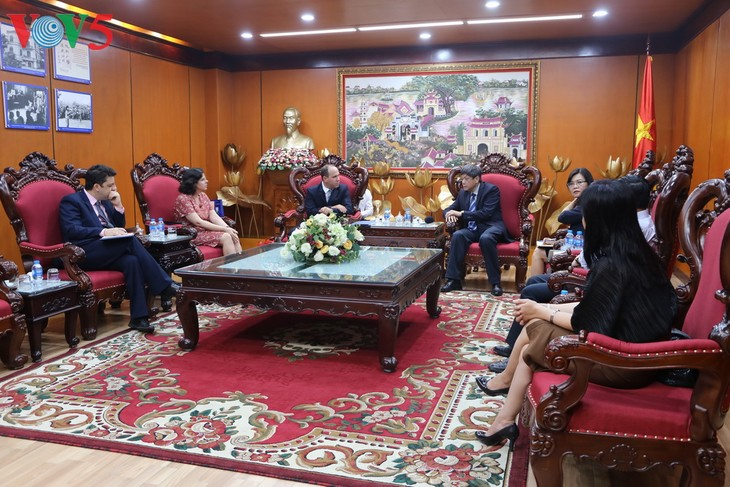 Memperkuat kerjasama di bidang keradioan antara Viet Nam dan Kuba - ảnh 1