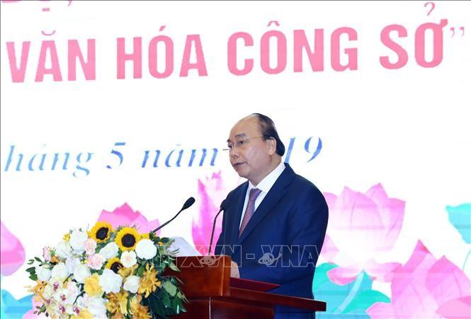 PM Nguyen Xuan Phuc menghadiri acara mencanangkan gerakan kompeitisi melaksanakan budaya kantor - ảnh 1