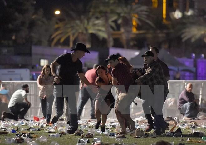 ປະຊາຄົມສາກົນສົ່ງຄຳແບ່ງເບົາຄວາມເສົ້າສະຫຼົດໃຈພາຍຫຼັງເຫດຍິງປືນຢູ່ Las Vegas - ảnh 1
