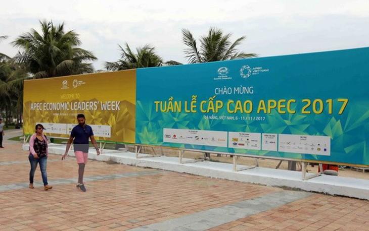 APEC 2017: ບັນດາຜູ້ແທນຊາວໜຸ່ມ ມາຮອດ ໂຫ້ຍອານ ເຂົ້າຮ່ວມເວທີປາໄສສຽງເວົ້າອະນາຄົດ APEC 2017 - ảnh 1