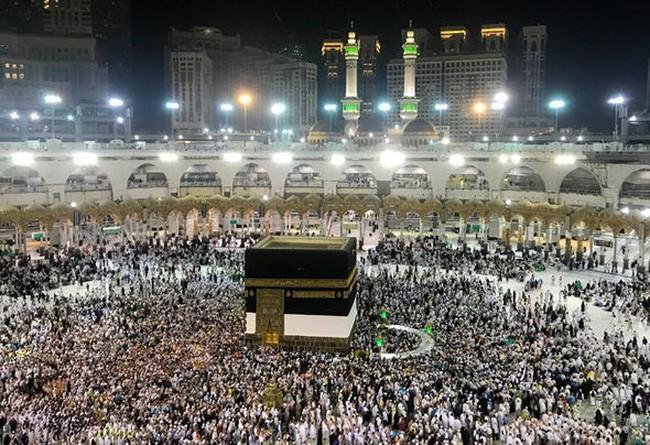 ກາຕາ ກ່າວຫາ ອາຣັບບີ ຊາອຸດິ ກີດຂວາງພົນລະເມືອງປະເທດນີ້້ໄປນະມັດສະການຢູ່ເຂດສັກສິດ Mecca - ảnh 1