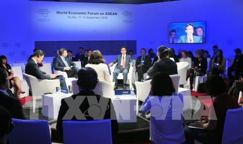 ບັນດາວາລະປຶກສາຫາລືໃນຂອບເຂດ WEF ASEAN 2018 - ảnh 1