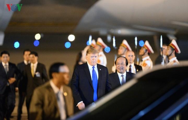 ກອງປະຊຸມສຸດຍອດຄັ້ງທີ 2 ລະຫວ່າງ ອາເມລິກາ - ສປປ.ເກົາຫຼີ: ທ່ານ Donald Trump ປະທານາທິບໍດີ ອາເມລິກາ ປະກາດວ່າ ສປປ.ເກົາຫຼີ ມີຄວາມສາມາດບົ່ມຊ້ອມທີ່ດີທີ່ສຸດ. - ảnh 1