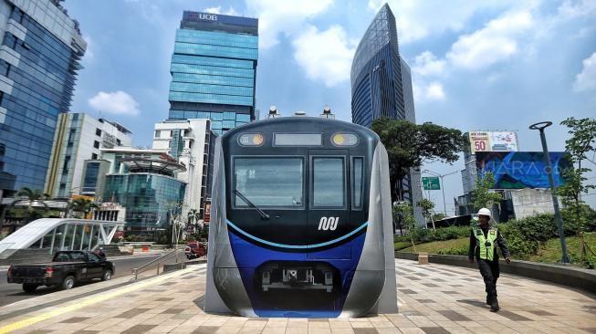 ລົດໄຟຟ້າໃຕ້ດິນ MRT ແກ້ໄຂບັນຫາລົດຕິດທີ່ຮ້າຍແຮງຢູ່ Jakarta - ảnh 1