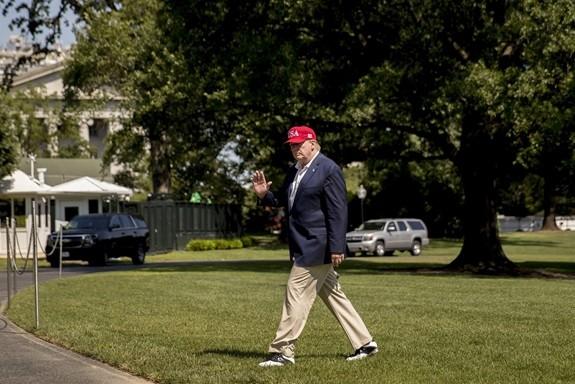 ສັນຍານທີ່ດີໃຫ້ແກ່ບັນດາຄູ່ແຂ່ງຂອງທ່ານປະທານາທິບໍດີ ອາເມລິກາ Donald Trump - ảnh 1
