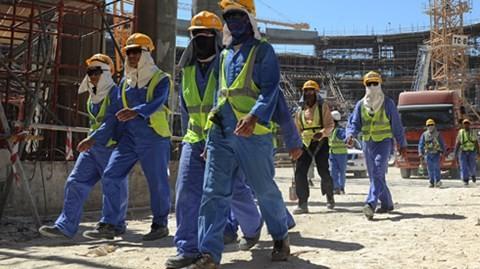 Permanecen en situación estable los trabajadores vietnamitas en Qatar - ảnh 1