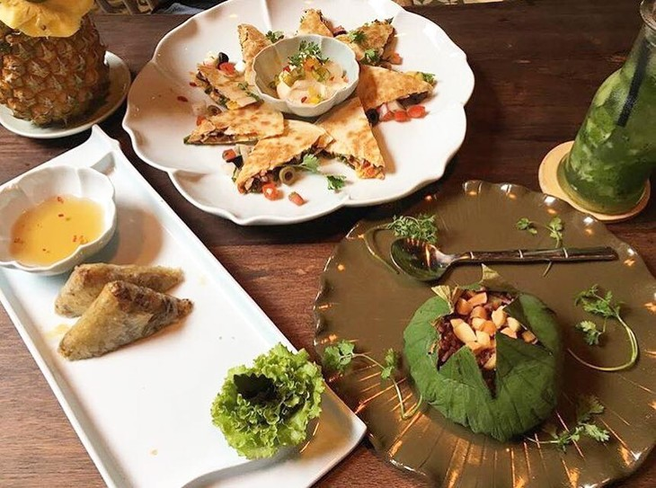 Restaurante vegetariano Uu Dam Chay, tranquilidad en la bulliciosa Hanoi - ảnh 3