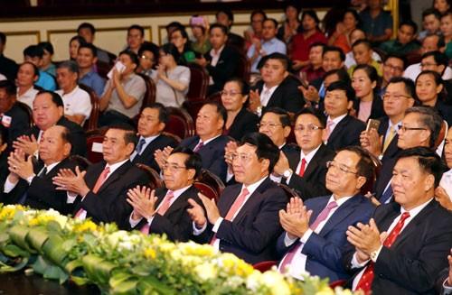 Vietnam y Laos conmemoran los 55 años de sus relaciones diplomáticas - ảnh 1
