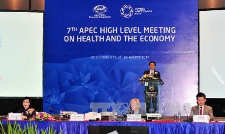 Vietnam insiste en la importancia de la protección sanitaria en el marco del APEC - ảnh 1