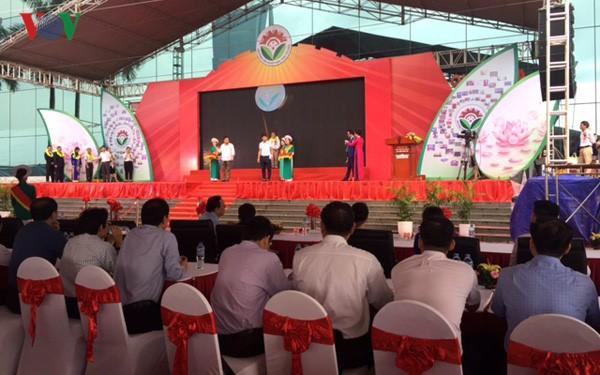 Vietnam premia más de 100 productos domésticos - ảnh 1
