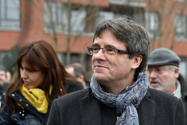 España acusó al partido catalán de financiarse ilegalmente - ảnh 1