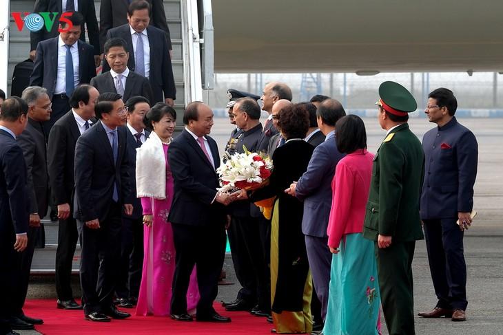 Premier vietnamita participa en Conferencia de alto nivel Asean-India - ảnh 1