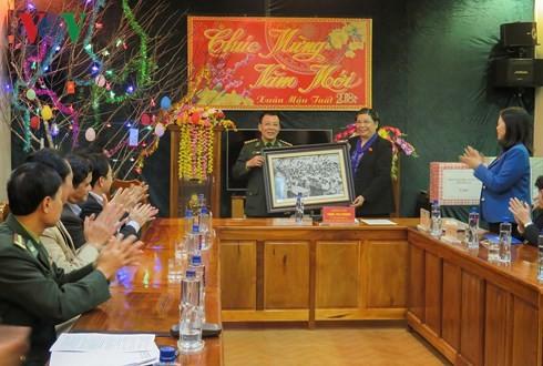 Parlamento vietnamita comprueba los trabajos socioeconómicos de Dien Bien - ảnh 1