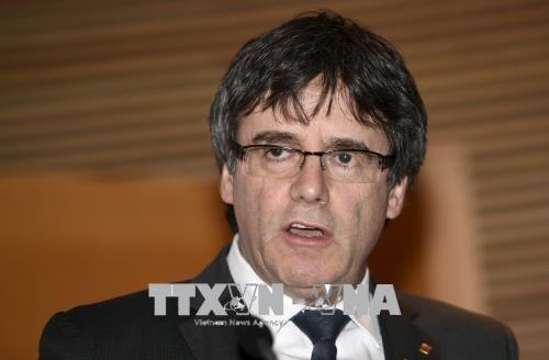 España respeta la decisión del Gobierno alemán por el caso de Carles Puigdemont - ảnh 1