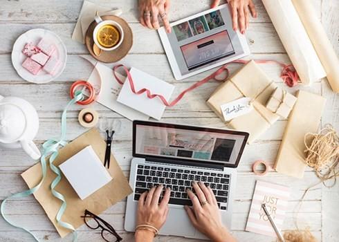 Un tercio de las empresas vietnamitas hace negocios en redes sociales - ảnh 1