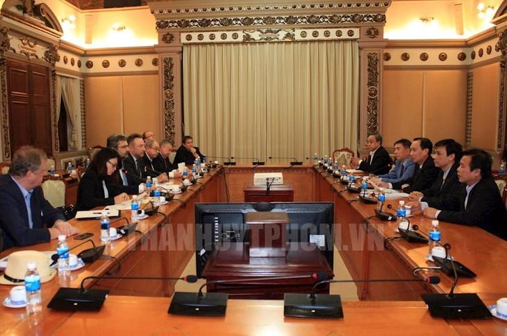 Ciudad Ho Chi Minh determinada en cooperar con República Checa y Alemania - ảnh 1