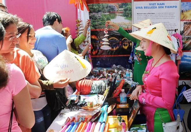 Enaltecen cultura vietnamita en México - ảnh 1