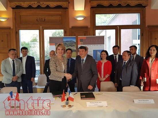 Vietnam y Francia trabajan juntos para preservar el geoparque de Cao Bang - ảnh 1