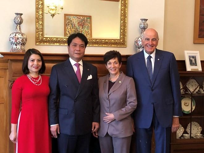Gobernadora general de Nueva Zelanda admira los éxitos de Vietnam  - ảnh 1