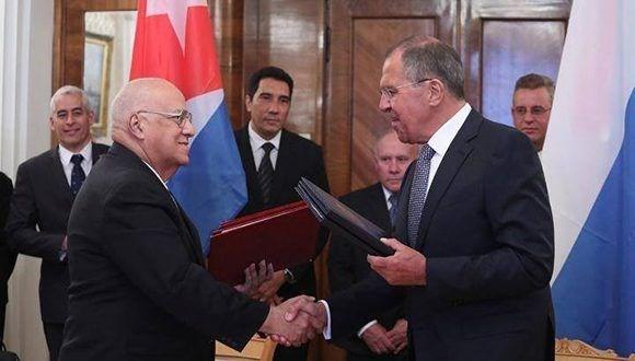 Cuba y Rusia por impulsar la cooperación bilateral - ảnh 1