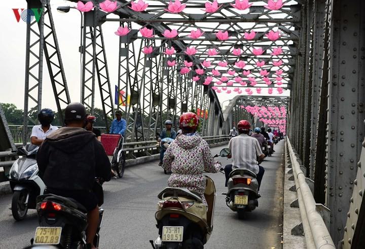 Ceremonia de Vesak atestigua libertad de religión y creencias en Vietnam - ảnh 2
