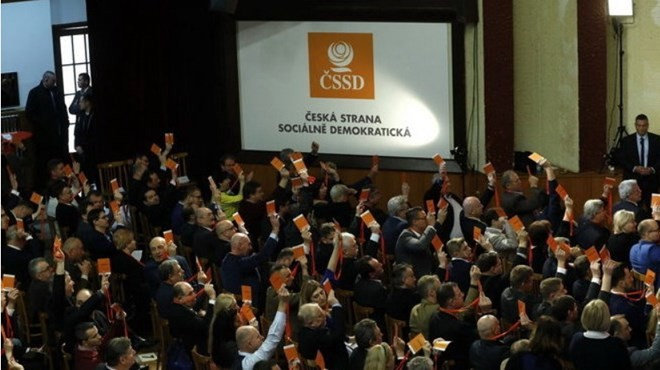 Afronta dificultades la creación de nuevo gobierno checo - ảnh 1