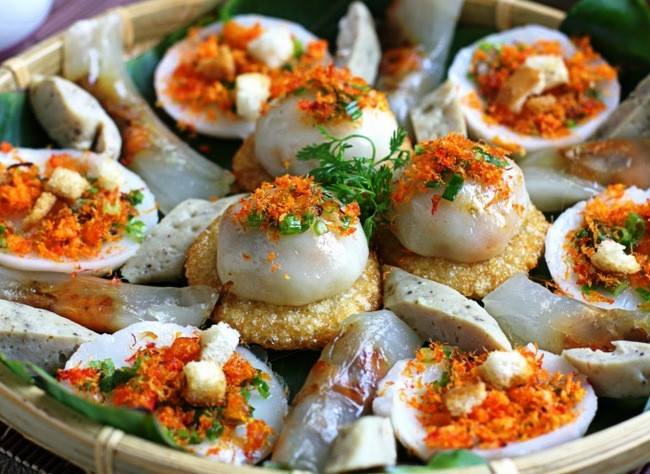 Celebran exhibición de pasteles tradicionales en provincia vietnamita de Thua Thien Hue - ảnh 1