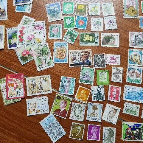 Sellos postales siguen en compañía con el desarrollo de Vietnam - ảnh 4
