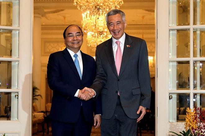 Vietnam y Singapur cimentan relaciones de amistad - ảnh 1