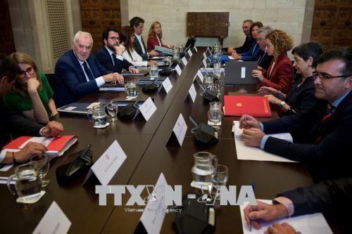 Gobierno español y la Administración catalana escenifican el diálogo pero sin acuerdos - ảnh 1